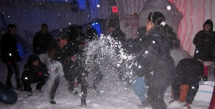 Play With Snow